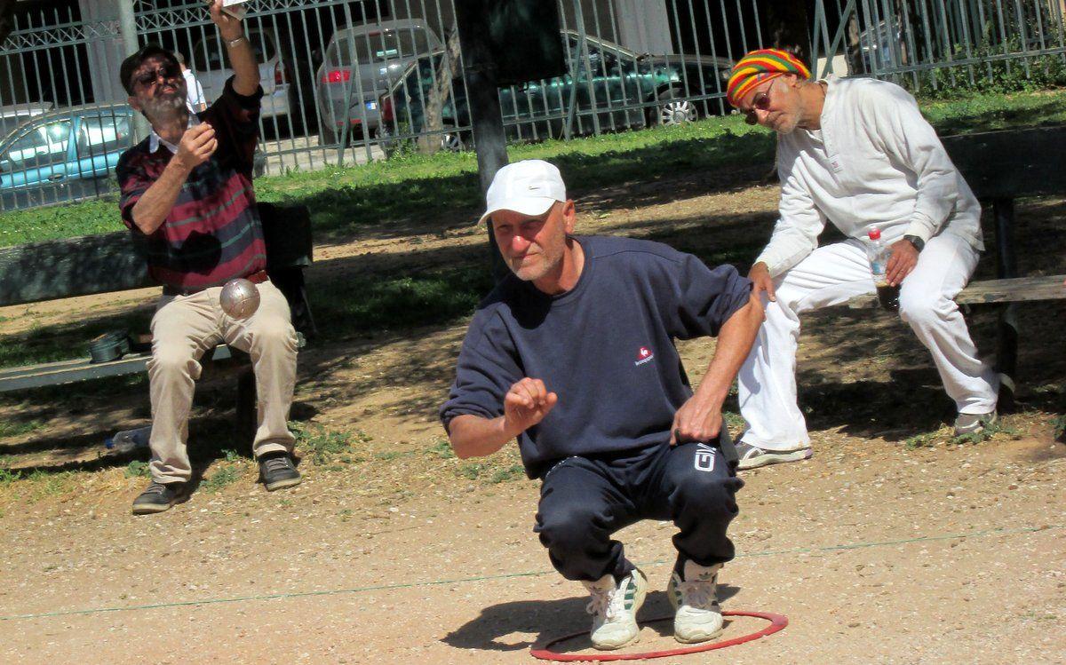 Χαϊδάρι Σήμερα Petanque: Αν το παίξεις... κόλλησες! Ένα γ@μ@το σπορ, όχι μόνο για fit τύπους 14