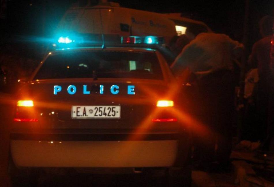 Χαϊδάρι Σήμερα Άγριο κυνηγητό Αστυνομίας - Ρομά, μετά από μπλόκο στο Δαφνί. Έπεσαν πυροβολισμοί 2