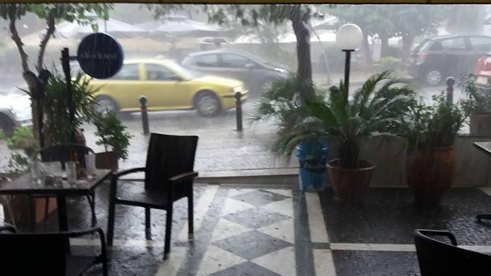 Χαϊδάρι Σήμερα Μικρές ζημιές στο Χαϊδάρι από τη μεσημεριανή νεροποντή 2