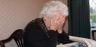 """Χαϊδάρι Σήμερα """"Γιαγιά, έχεις μεγάλη επιστροφή φόρου από την εφορία!"""""""