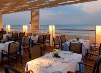 """Χαϊδάρι Σήμερα Ο σεφ Γιάννης Μπαξεβάνης """"ανοίγει"""" τα ψυγεία μεγάλων ελληνικών ξενοδοχείων και καυτηριάζει 3"""