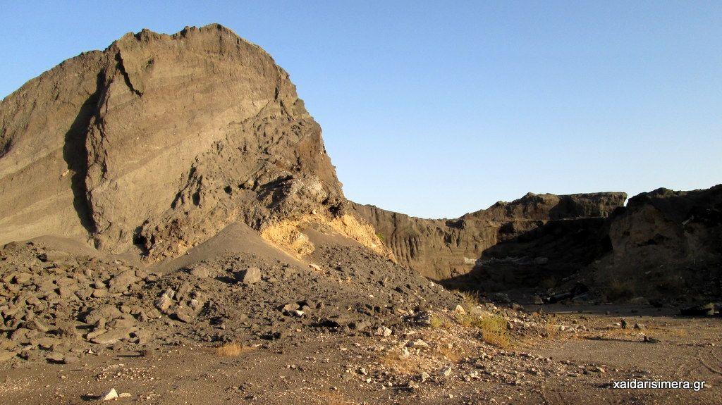 Χαϊδάρι Σήμερα Κουίζ: Πού βρίσκεται αυτό το σεληνιακό (και άκρως τοξικό) τοπίο;