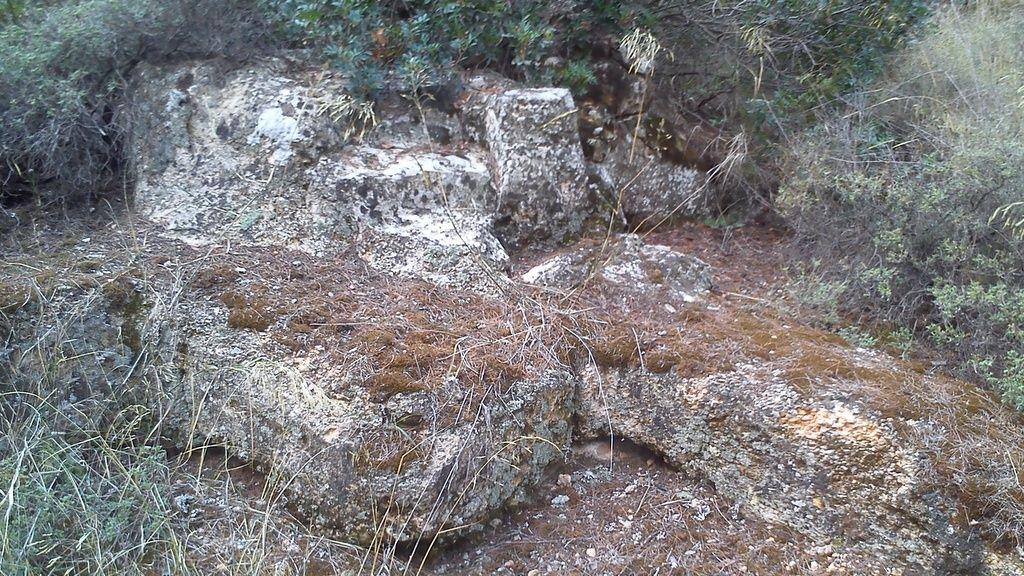 Χαϊδάρι Σήμερα Βγαίνει στο φως ένα χιλιόμετρο της αρχαίας Ιεράς Οδού στο Χαϊδάρι! 2