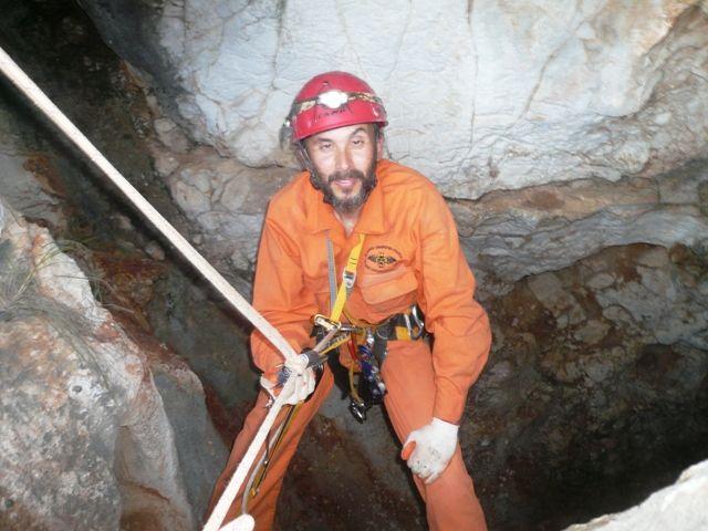 """Χαϊδάρι Σήμερα Σπηλαιοβάραθρο """"Δρομέας"""" στο Χαϊδάρι - Κατεβαίνοντας στα έγκατα της γης! 22"""