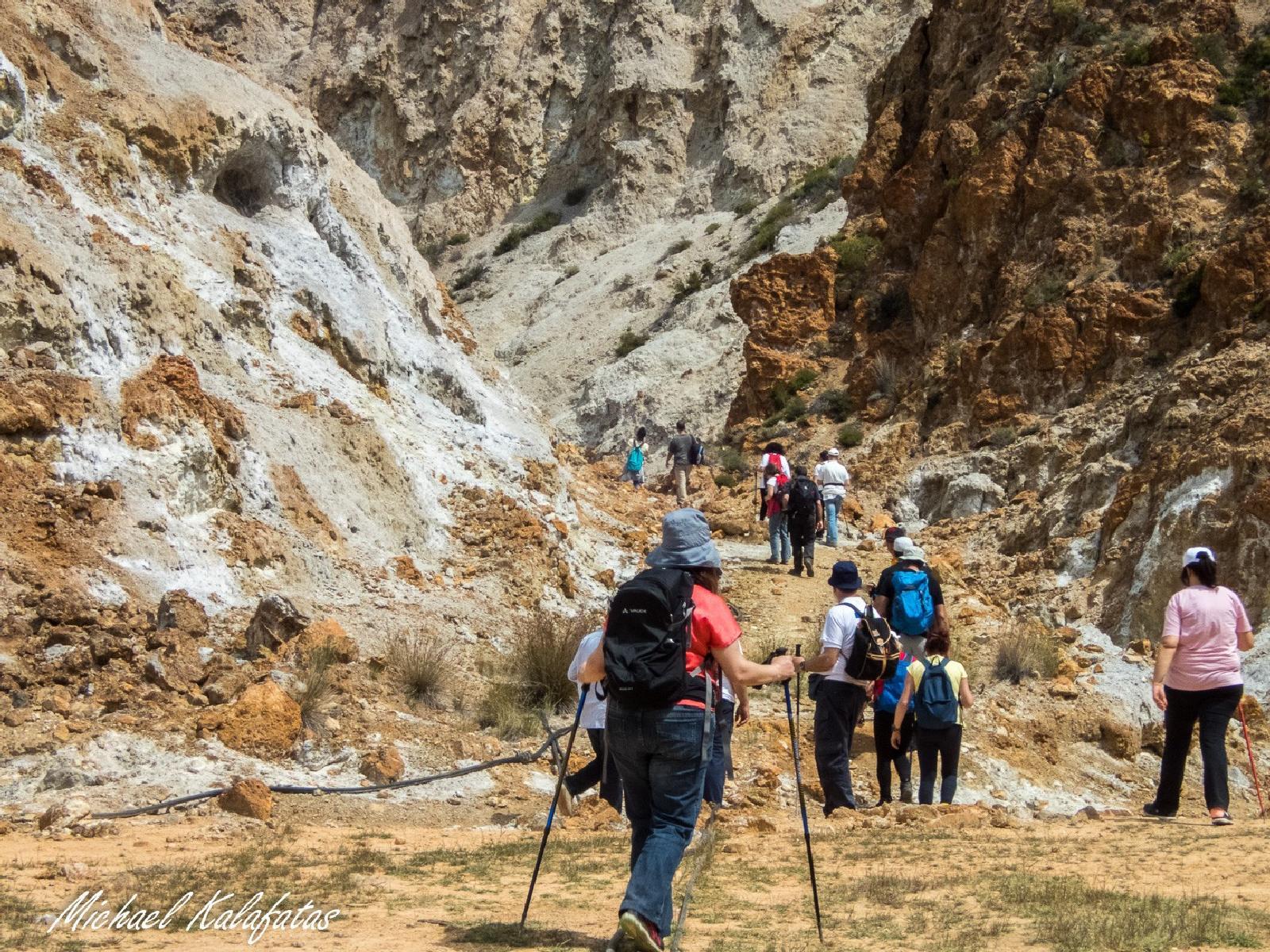 Το ηφαίστειο Σουσάκι στους Αγίους Θεοδώρους - Εξακολουθεί η μεταηφαιστειακή δράση